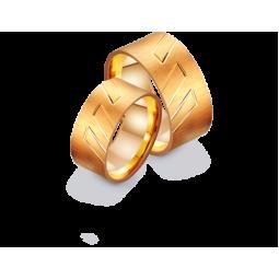 Золотые широкие обручальные кольца с матуированной поверхностью 411277