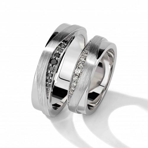 Дизайнерские обручальные кольца с черными и белыми камнями
