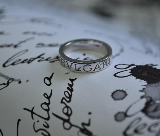 Кольцо из белого золота реплика Bvlgari