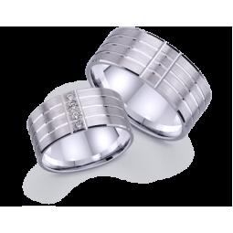 Золотые широкие обручальные кольца с полосами по окружности 422689