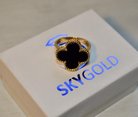 Женское золотое кольцо в стиле Van Cleef and Arpels