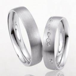 Свадебные кольца с дорожкой бриллиантов 2460756