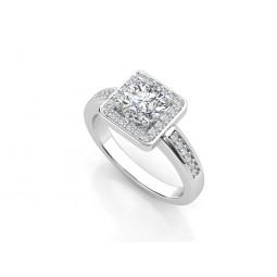 Эксклюзивное золотое кольцо с бриллиантами 2197236