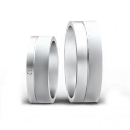 Свадебные кольца из белого золота с матированной и гладкой поверхностью