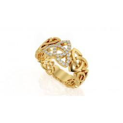 Золотое женское кольцо необычной формы с мелкими камнями