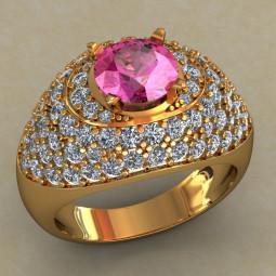 Массивное золотое многокаменное кольцо с крупным розовым фианитом КН-668