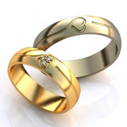 Золотые обручальные кольца с узорами в виде сердец AU0015